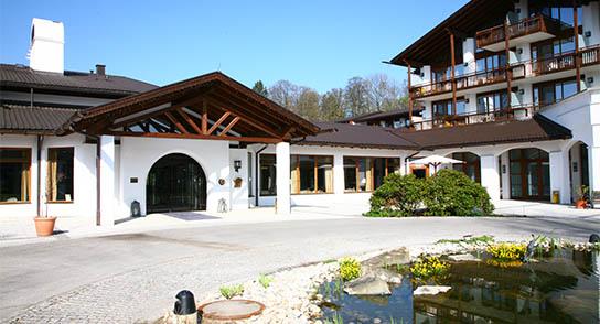 Murnau: Genussreicher Alpenhof 12