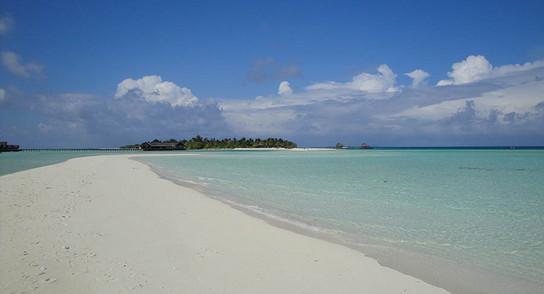 Lux Island Resort Maldives - göttlich, aber allürenfrei 14