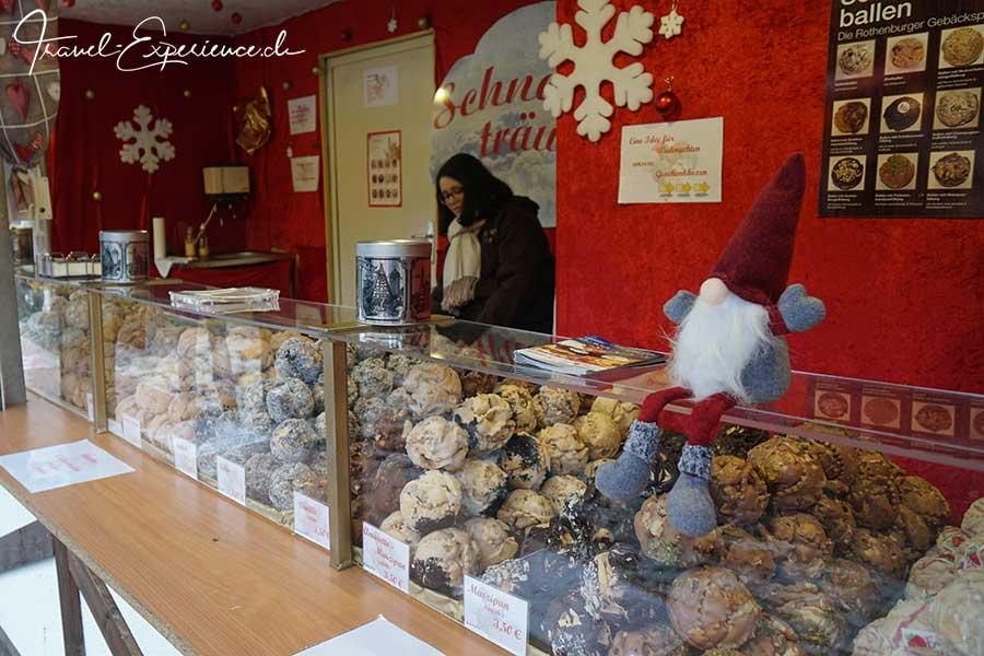 Saarbruecken, Schneeballen, Weihnachtsmarkt