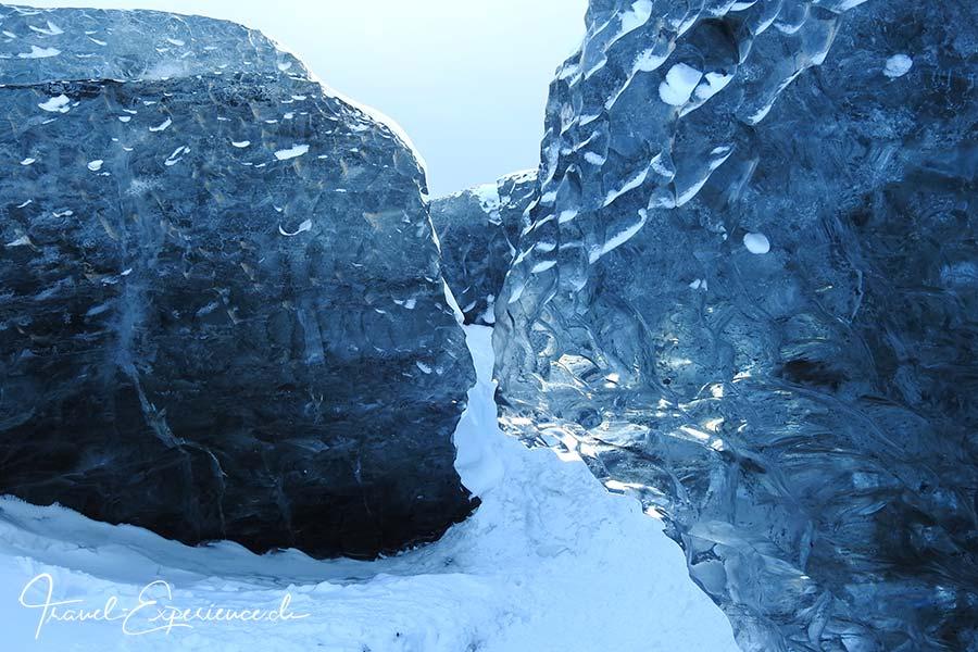 Island, Iceland, Winter, Suedkueste, Vatnajoekull, schwarzes Eis,