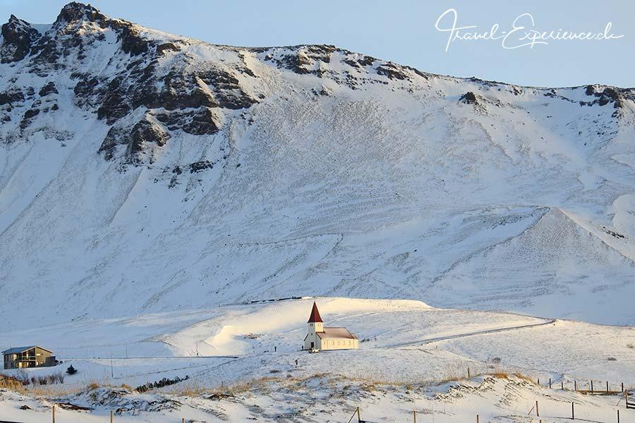 Island, Iceland, Winter, Suedkueste, Vik, Kirche,