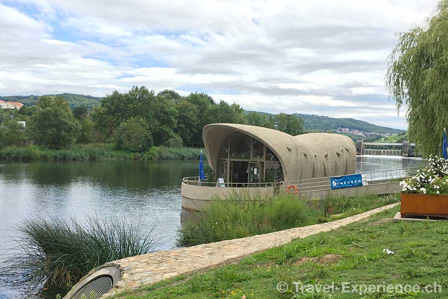 Luxemburg, Schengen, Pavillon im Fluss