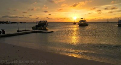 Karibik, Aruba, Sonnenuntergang, Barefoot, Beachbar Karibik, Aruba, Barefoot, Beachbar, Cocktail Karibik, Aruba, Bugaloe, Beachbar, Juerg Braendli, Ingrid Riko