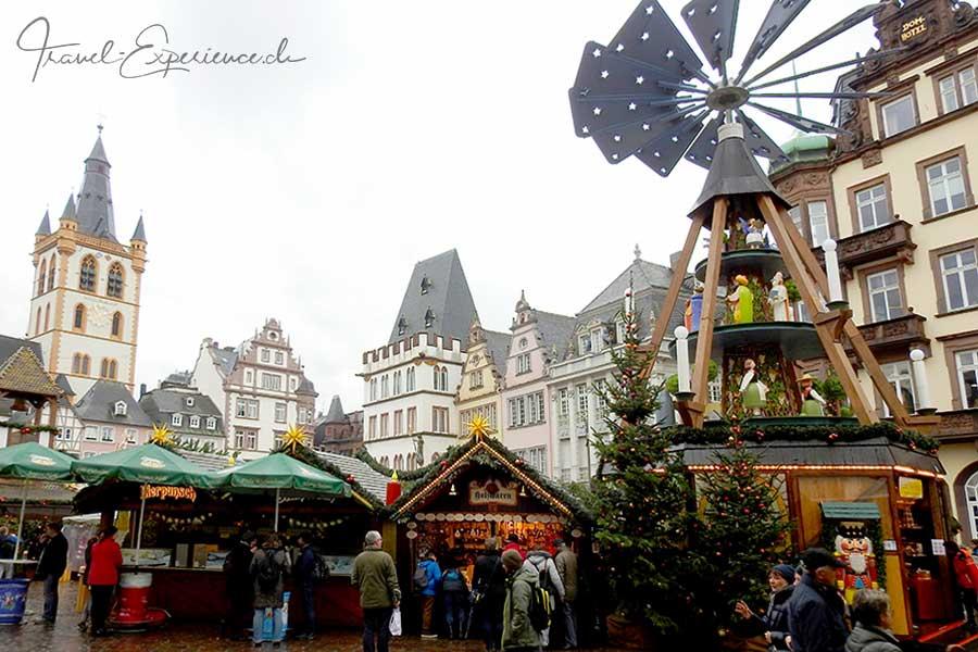 Advent, Flussfahrt, Trier, Weihnachtsmarkt, Marktplatz, Weihnachtspyramide,