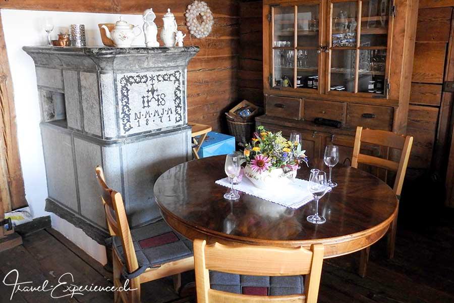 Schweiz, Wallis, Albinen, Godswaergjistubu, Restaurant