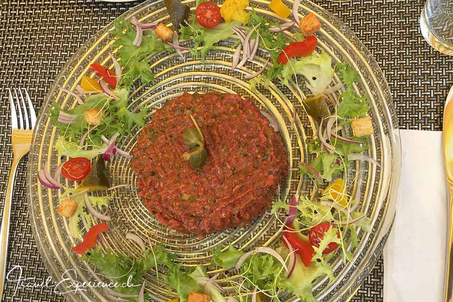 Schweiz, Wallis, Leukerbad, Restaurant Weidstuebli, Tatar,