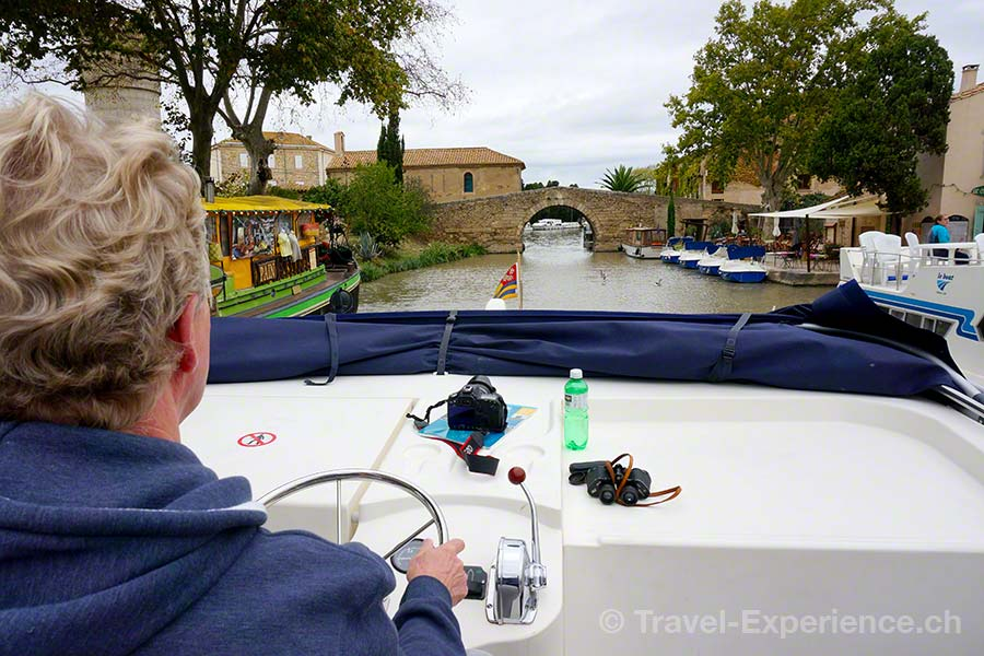 Frankreich, Canal du Midi, Hausboot, Bruecke, Le Somail
