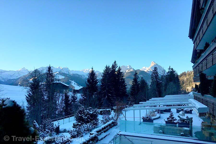 Schönried, Hotel Ermitage, Winter, Morgenstimmung, Garten, Berge