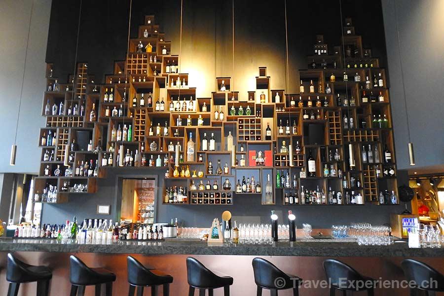 Schweiz, Saanen, Gstaad, Huus Hotel, Bar