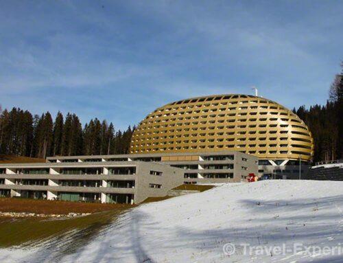 Davos: Goldenes Ei im Bergwald