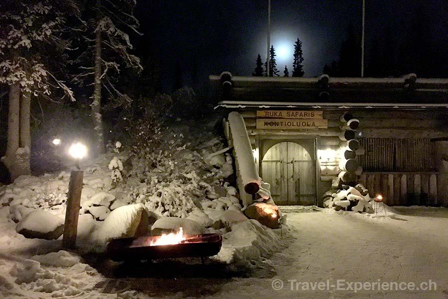 Finnland, Lappland, Ruka, Kuusamo, Restaurant Kontioluola, Vollmond