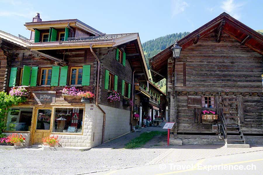 Schweiz, Waadt, Rougemont, Chalets, Kulturweg, Tafel, Scherenschnitt, Ansichtskarten, Louis Saugy