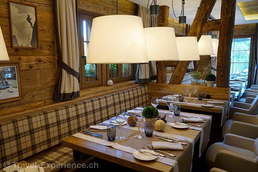 Schweiz, Waadt, Rougemont, Hotel de Rougemont, Restaurant Le Roc