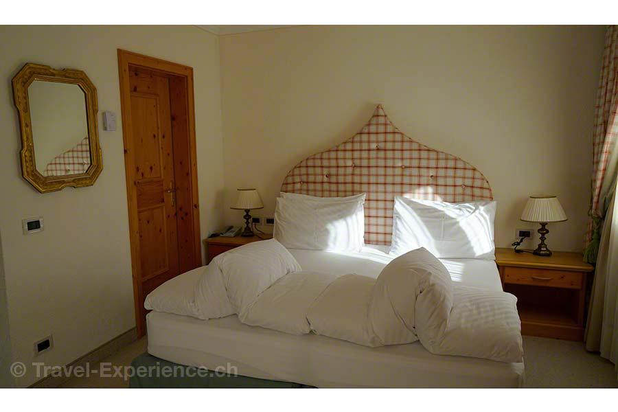 Südtirol, Corvara, Hotel Sassongher, Zimmer