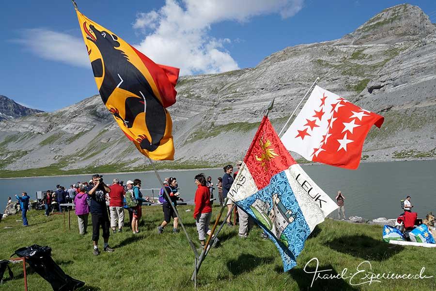 Schweiz, wallis, leukerbad, gemmi, schaeferfest, fahnen