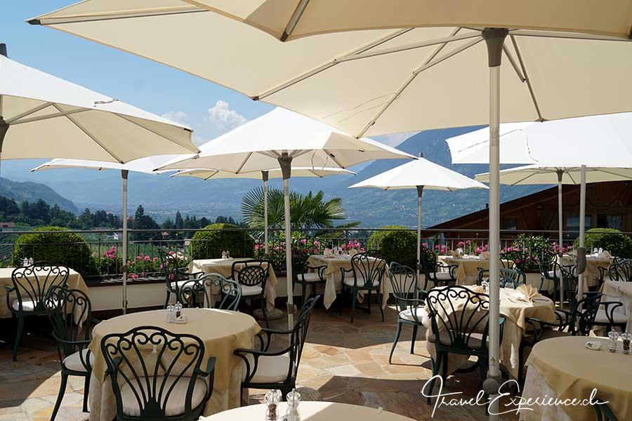 Italien, Suedtirol, Schenna, Resort, Restaurant, Terrasse