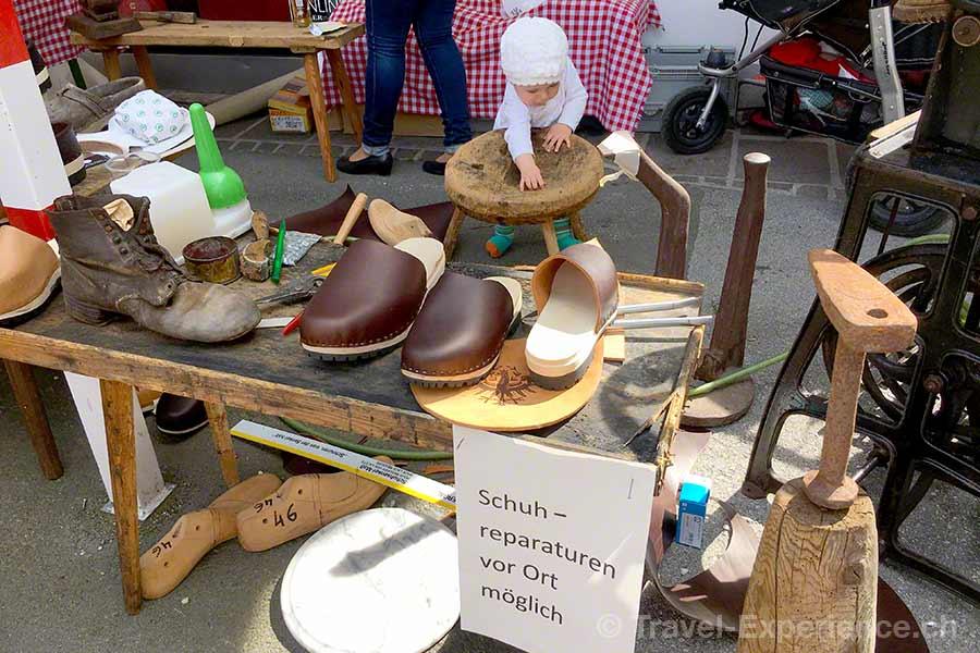 oesterreich, tirol, olympiaregion seefeld, Handwerksfest, Handwerkermarkt, altes handwerk, Holz, Leder, Schuhmacher, Schuhe, Zockel