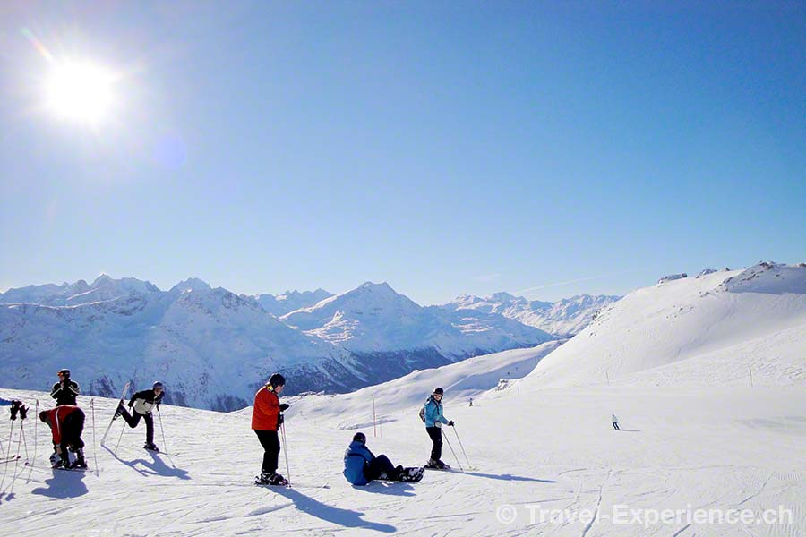 Schweiz, Graubünden, St. Moritz, Corviglia, Skifahrer, Snowboarder