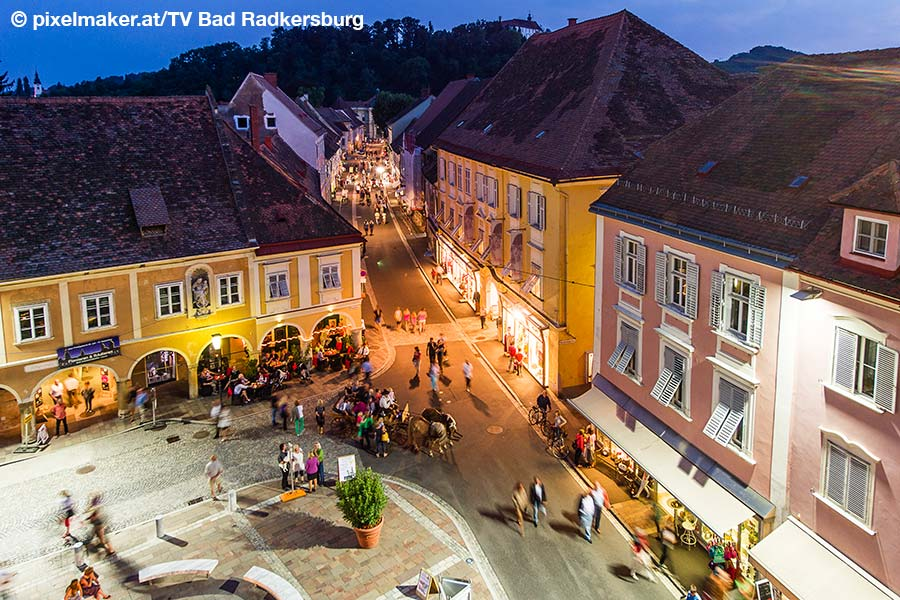 Steiermark, Bad Radkersburg, Altstadt, by night