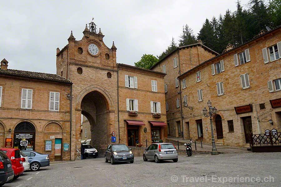Italien, Marken, Amandola, Altstadt, Backsteine