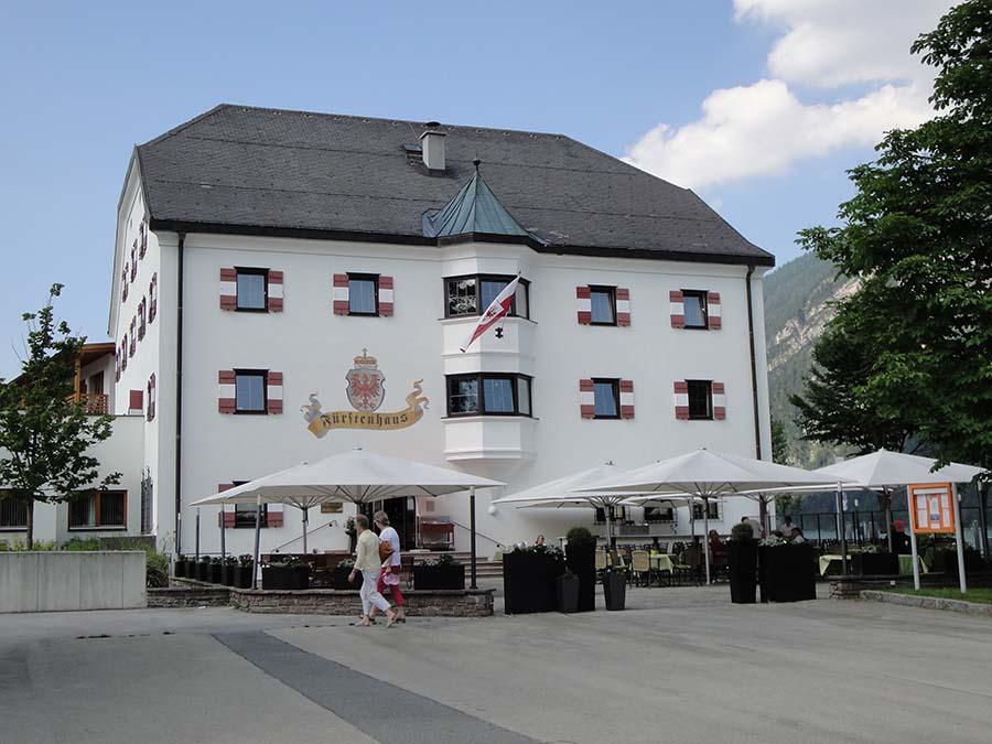 Achensee: Brennender Stein und Alpen-Whisky 3