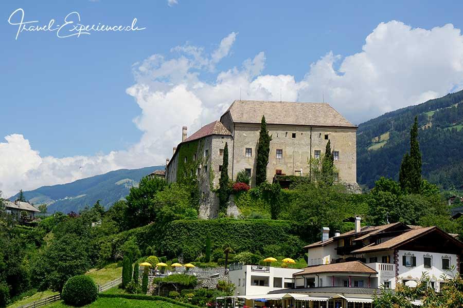 Schenna Schloss Südtirol