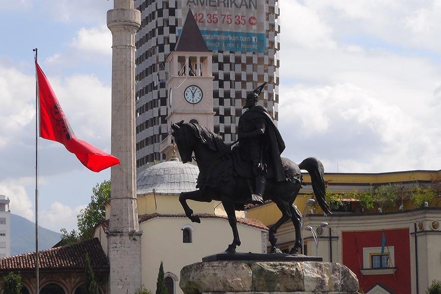 Tirana, Skanderbeg