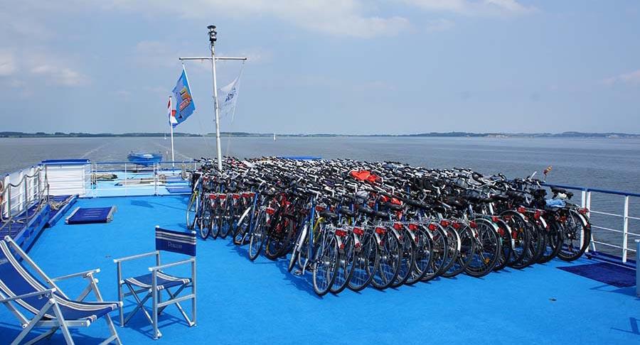 Berlin–Stralsund: Neben und auf dem Wasser 2