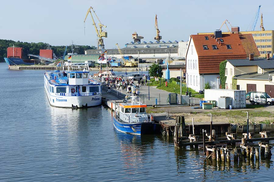 Berlin–Stralsund: Neben und auf dem Wasser 10