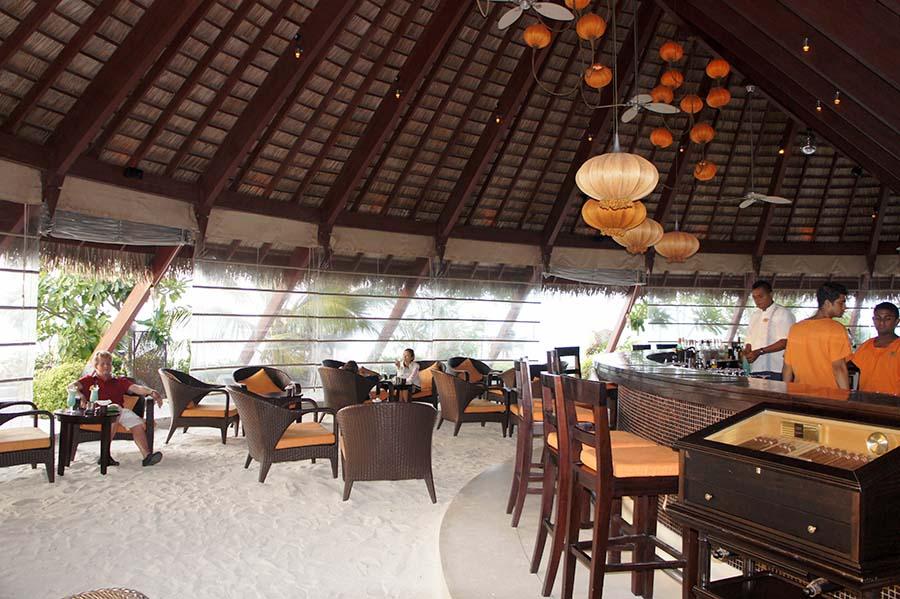 Lux Island Resort Maldives - göttlich, aber allürenfrei 7