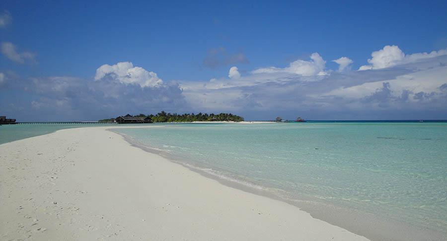 Lux Island Resort Maldives - göttlich, aber allürenfrei 2