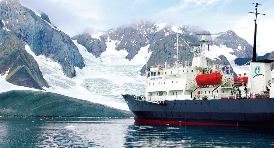 Arktis – Antarktis: Jedem sein Polarschiff 1