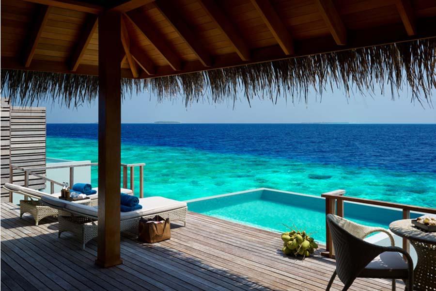 Dusit Thani Maldives - die Dichtbewachsene 5