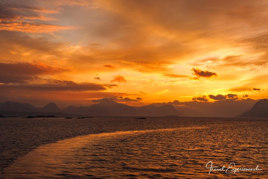 MS Vesteralen, Hurtigruten, Sonnenuntergang