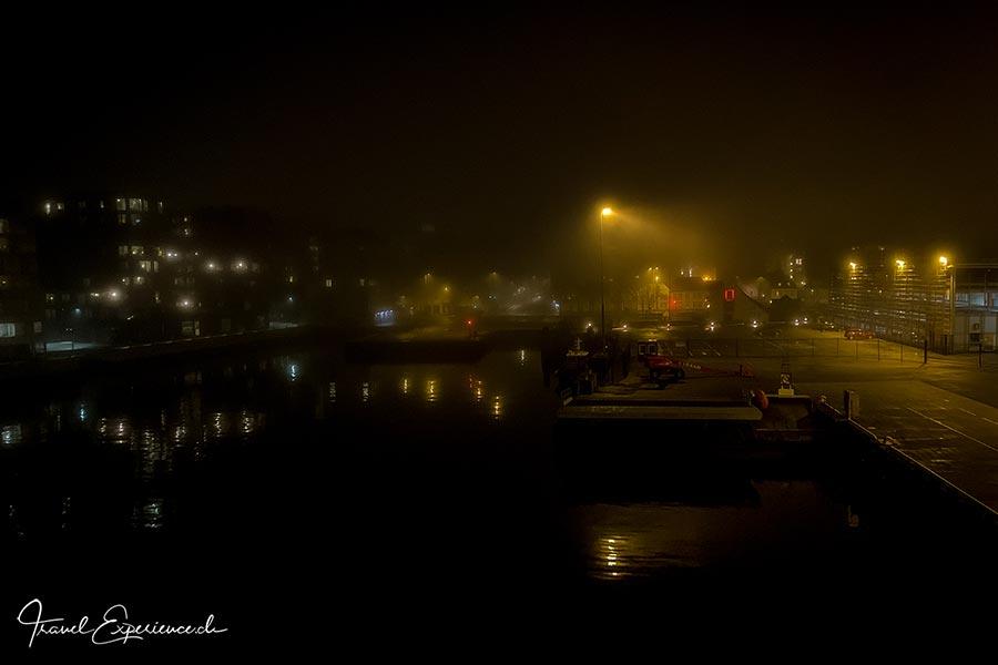 Bergen, bei Nacht und Nebel