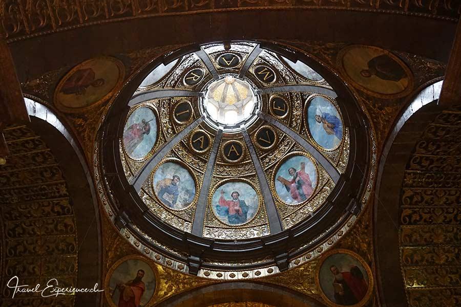 Kirche, Lluc, Kuppel