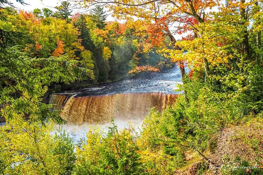 Michigan Upper Peninsula, Tahquamenon Waterfalls