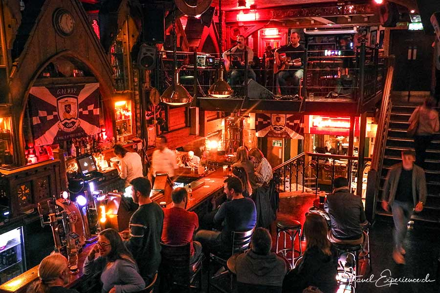 Galway, The Quays Bar innen