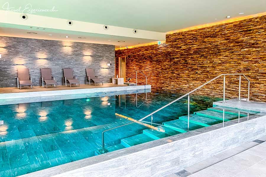 Pool, Peaks Place, Laax