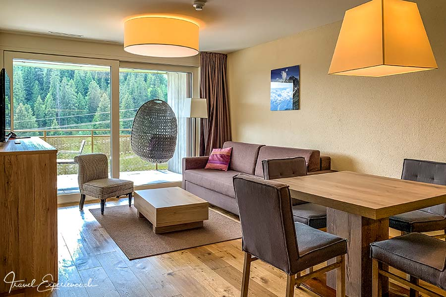 Wohnesszimmer, Apartment-Hotel, Peaks Place, Laax