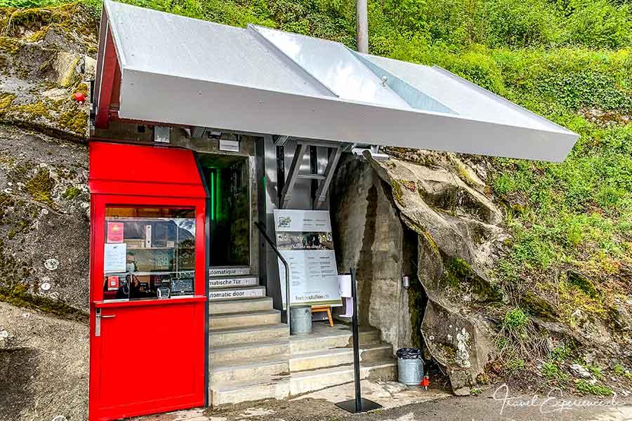 Eingang zum Fort de Chillon